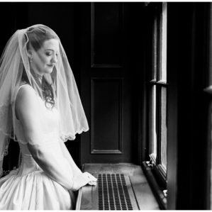 trinity college wedding ceremony, best toronto wedding photographer, documentary style wedding photographer, elegant toronto wedding ideas